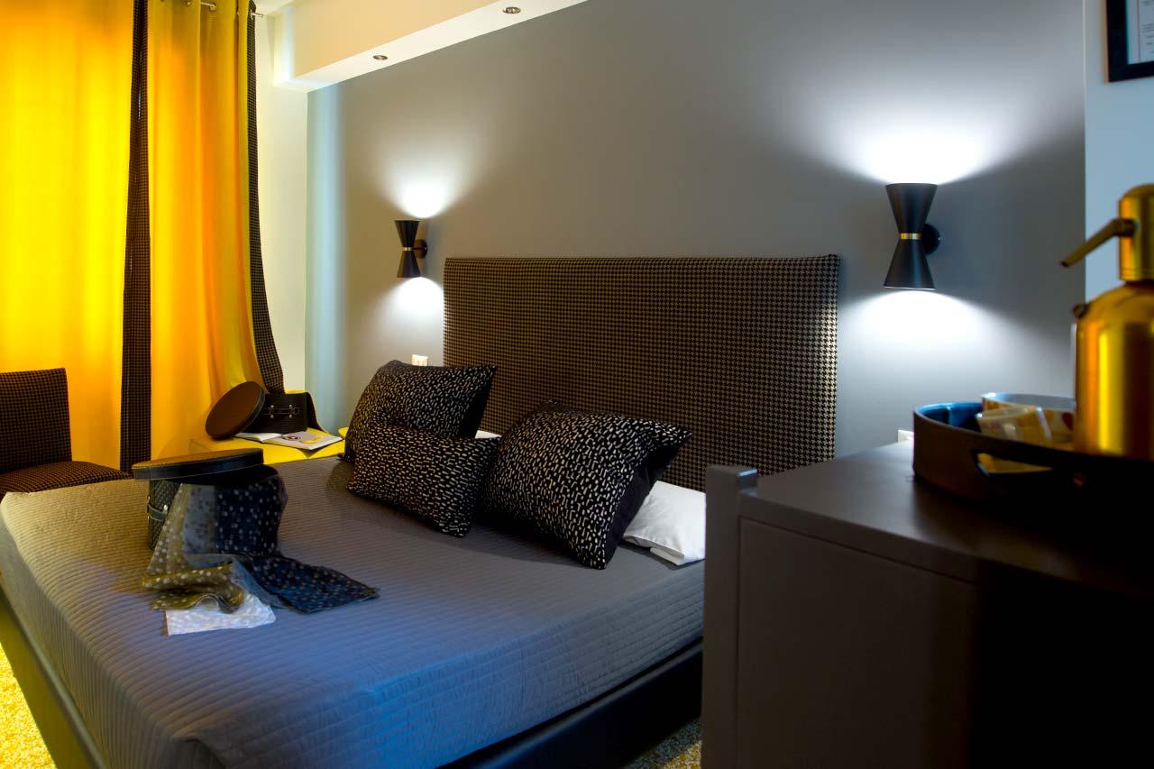 http://www.hotelbologna.genova.it/wp-content/uploads/2017/08/reo.jpg